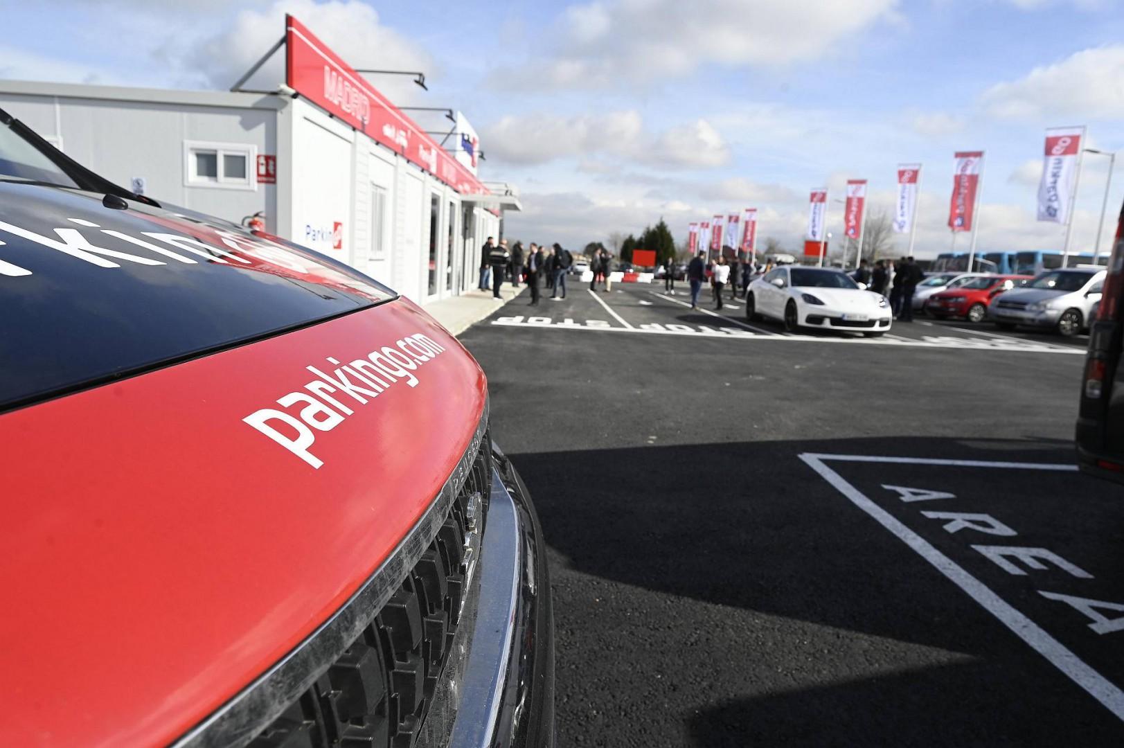 ParkinGO Kawasaki svela il team 2020 nel nuovo flagship store di Madrid