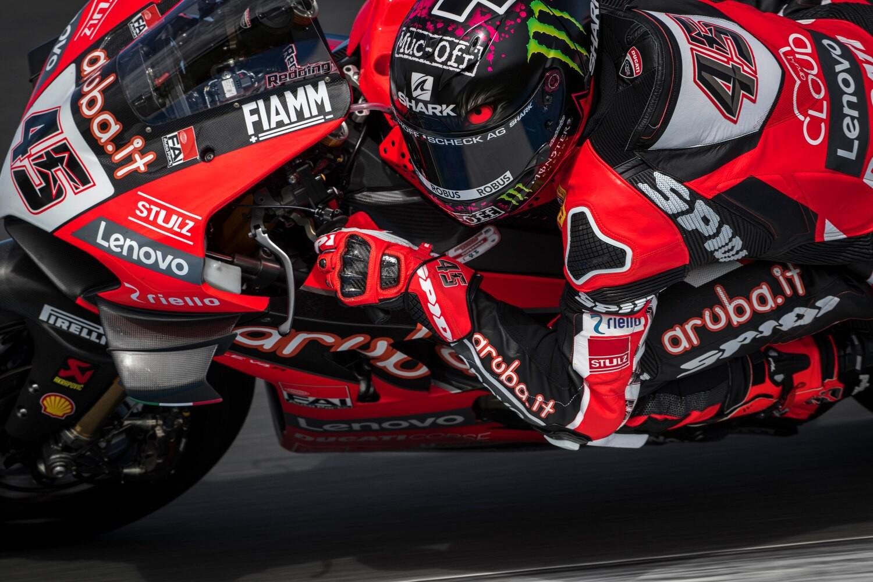 E' scattata la 33esima edizione del mondiale Superbike, la più eccitante degli ultimi anni