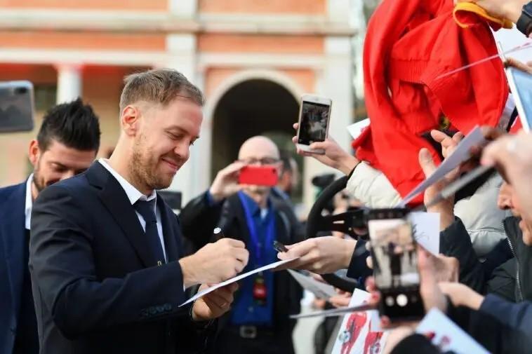 """F1: Vettel vede l'orizzonte rosso, """"Cara Ferrari voglio restare anche nel 2021"""""""