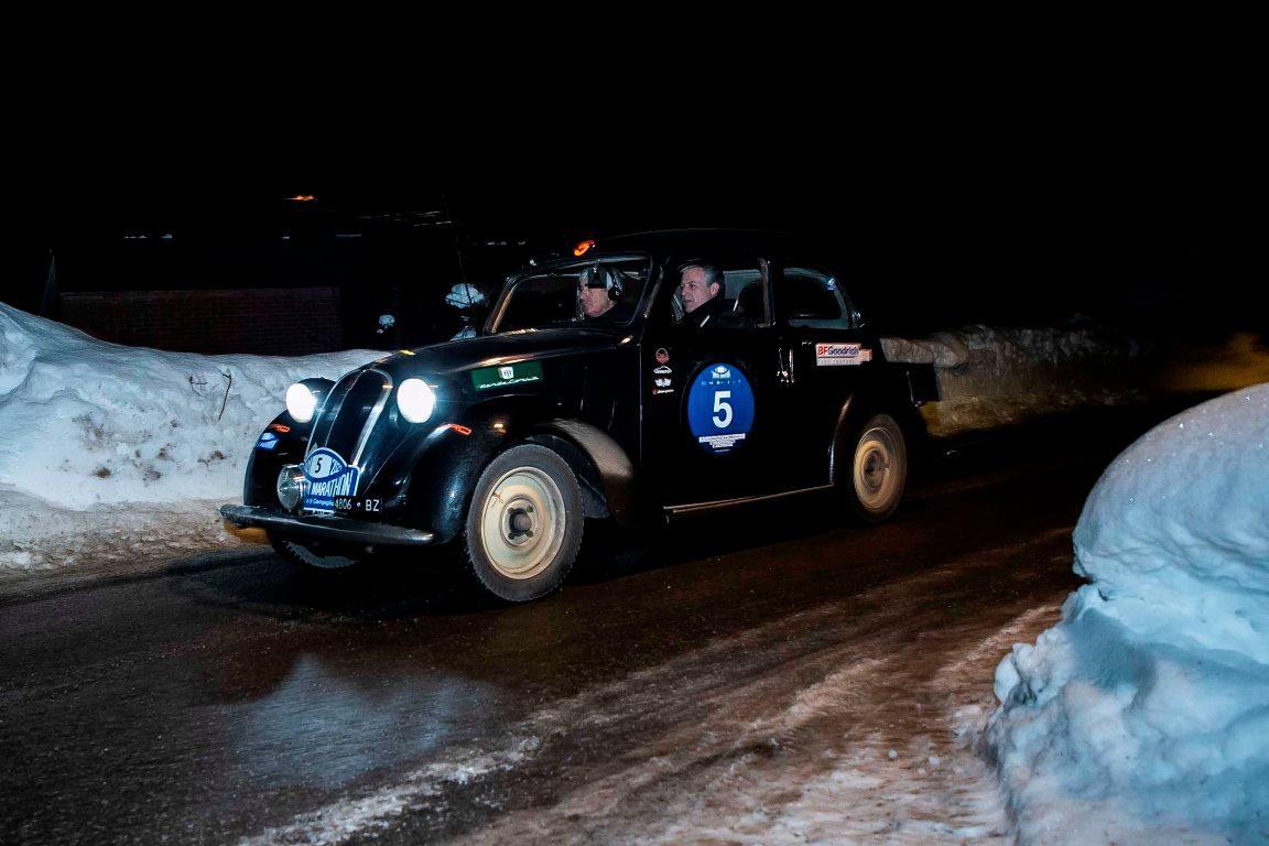 33a Winter Marathon: prima tappa in notturna con arrivo al Tonale. Primi Bellini-Tiberti su Fiat 508C del 1936, lontani Miki Biasion e Davide Valsecchi